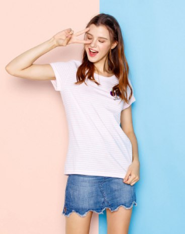 White Stripes Round Neck Short Sleeve Fitted Women's T-Shirt