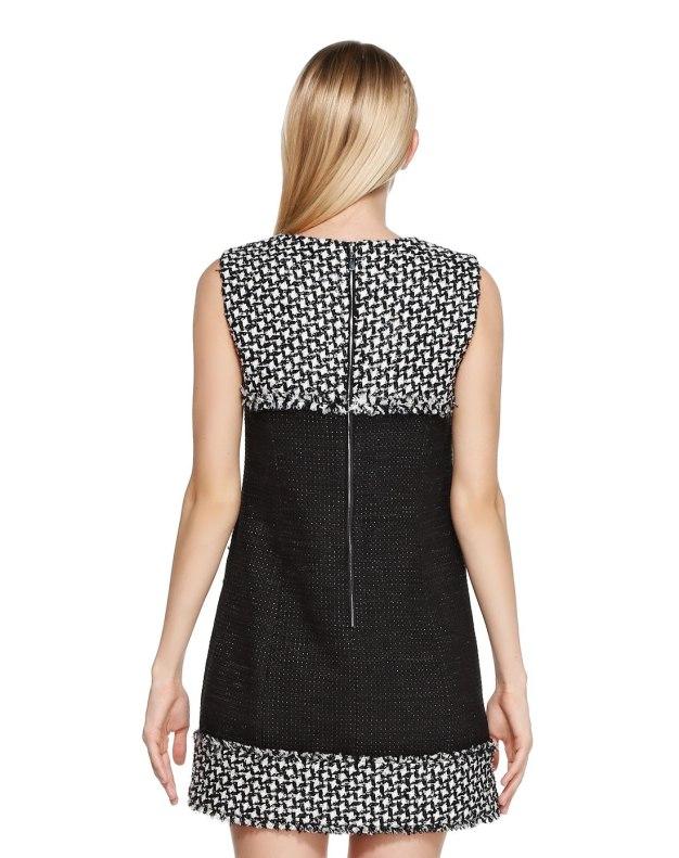 민소매 여성 드레스