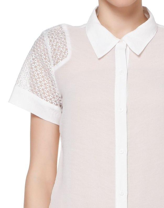 화이트 단색의 반팔 티셔츠 슬림핏 여성 블라우스