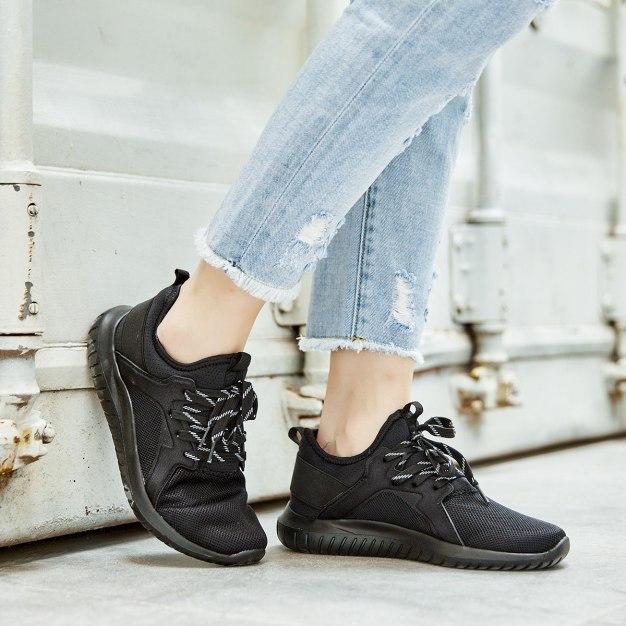 Black Round Head Women's Sport Shoes