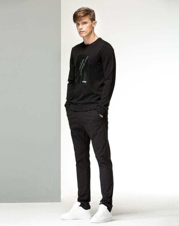 Black Long Sleeve Standard Men's Hoodies & Sweatshirt
