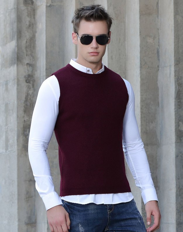 Red Sleeveless Fitted Men's Sweater