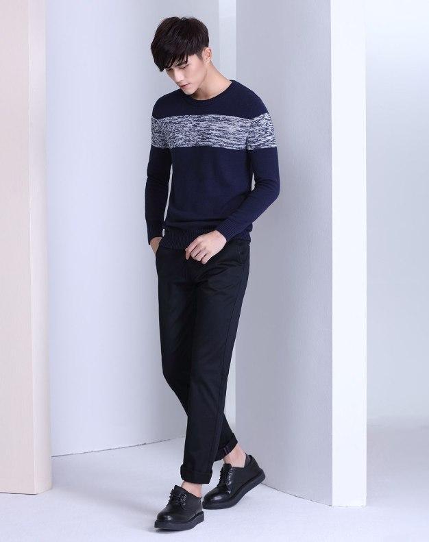 Blue Long Sleeve Men's Knitwear