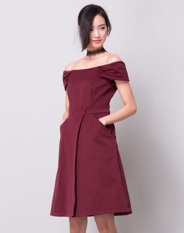 Red Off Neckline High Waist Pleated Fitted Women's Dress
