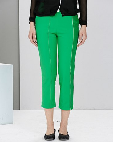 Green 3/4 Length Women's Pants