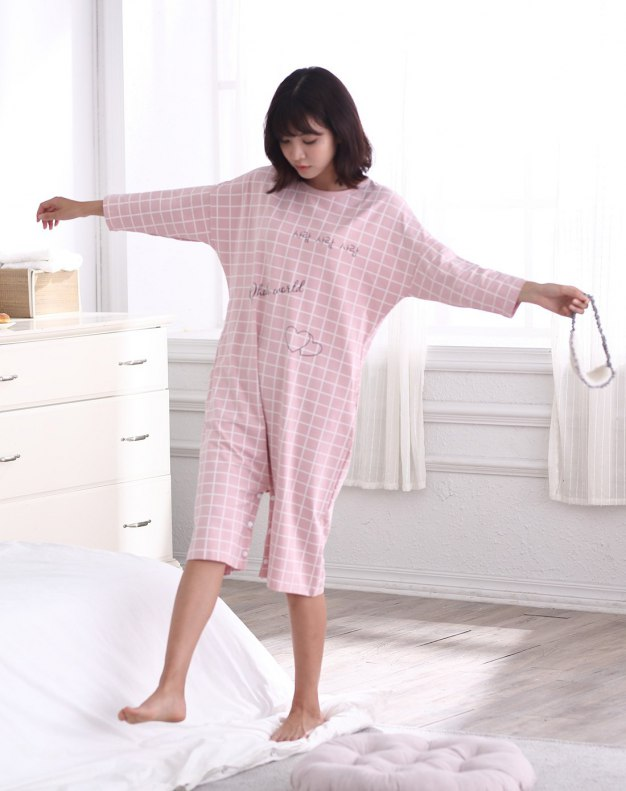 Pink Cotton 3/4 Sleeve Standard Women's Sleepwear
