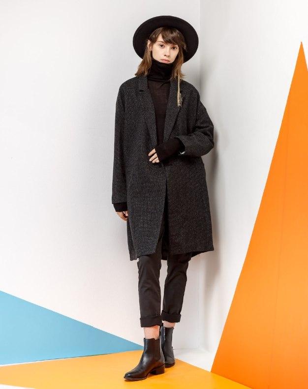 Black Lapel One Botton Long Sleeve Women's Coat