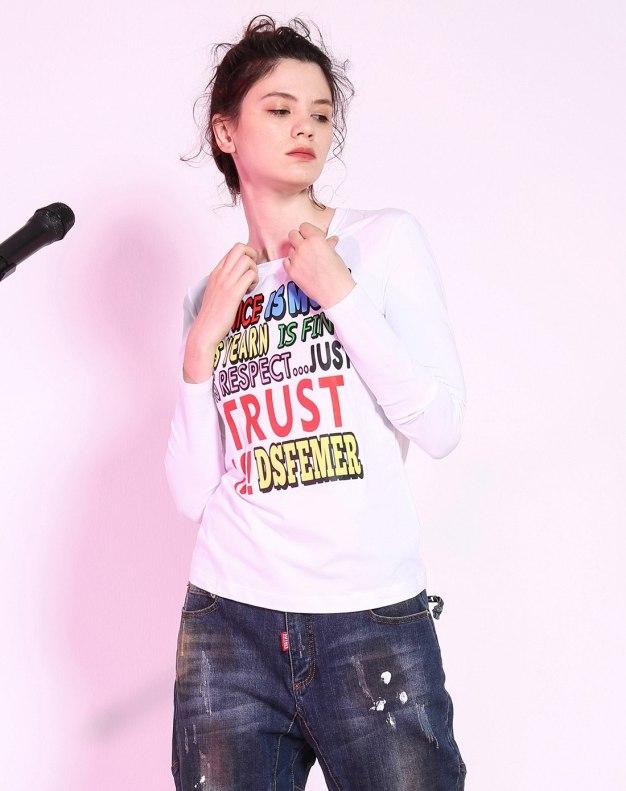 화이트 알파벳 긴소매 슬림핏 여성 티셔츠
