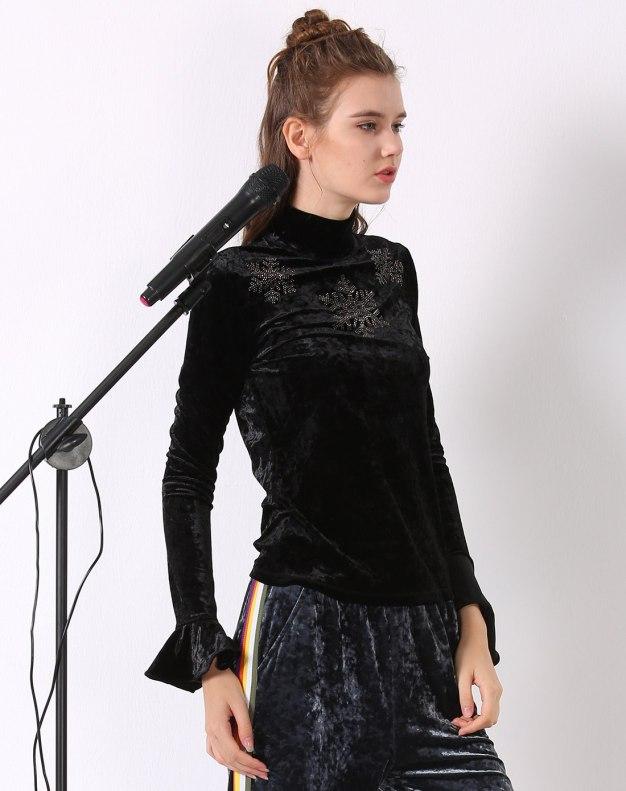 블랙 단색의 긴소매 표준 여성 티셔츠