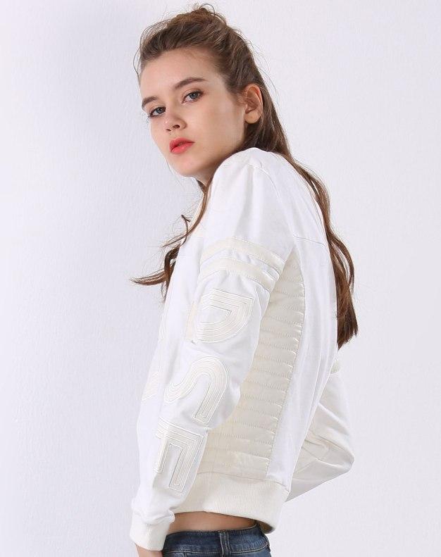 화이트 여성 맨투맨티셔츠
