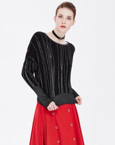 Black Stripes Round Neck Long Sleeve Standard Women's Knitwear