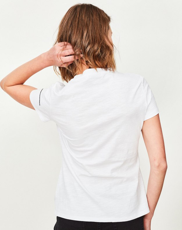 White Round Neck Short Sleeve Fitted Women's T-Shirt