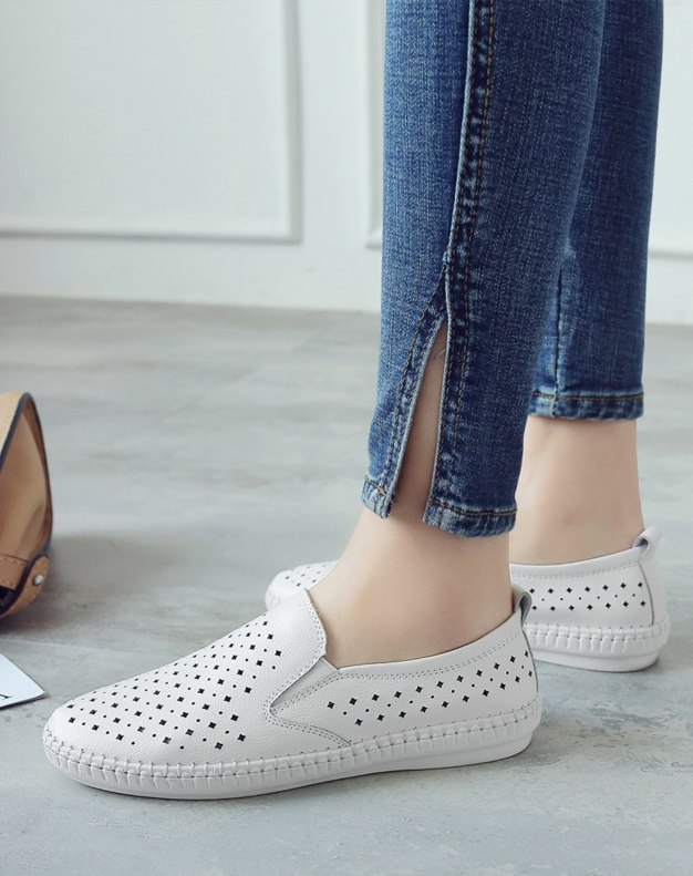 White Round Head Flat Women's Casual Shoes