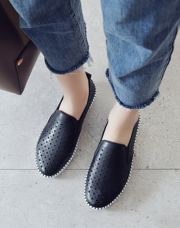 Black Round Head Flat Women's Casual Shoes