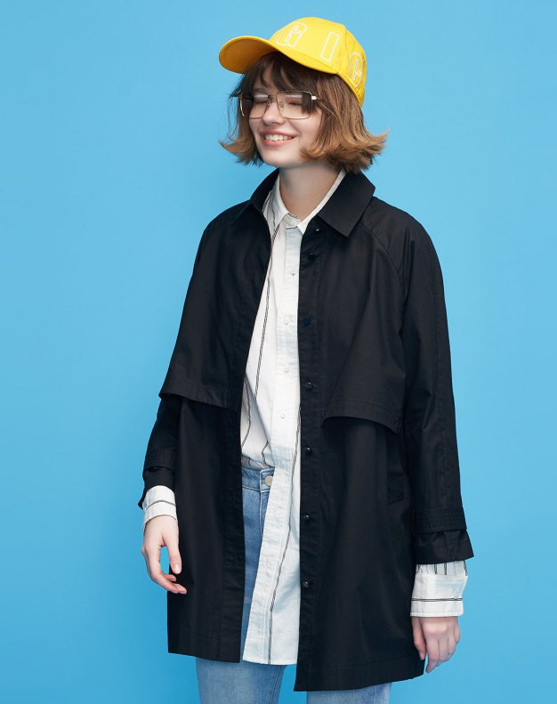 Black Lapel Buckle Loose Long Sleeve Women's Windbreaker