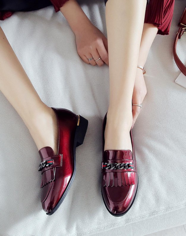 Red Cut Round Head Low Heel Women's Pumps