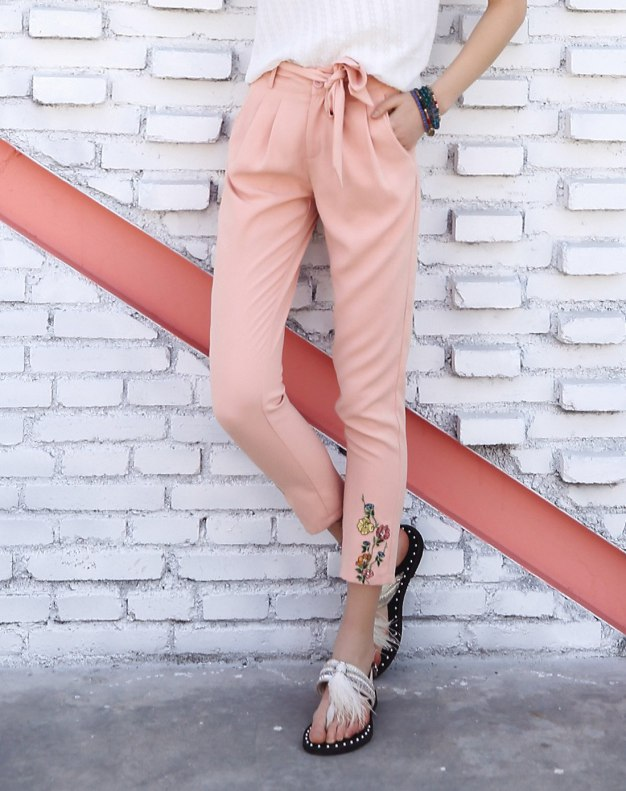 Pink Embroidery 3/4 Length Women's Pants