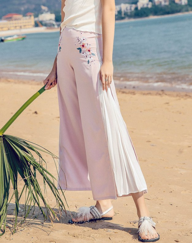 Pink Embroidery Cropped Women's Pants