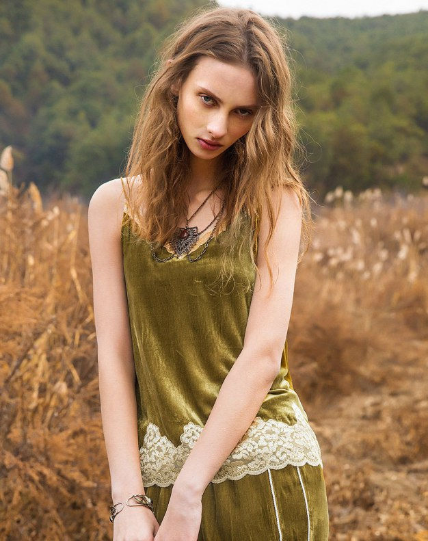 Green Round Neck Standard Women's Cami