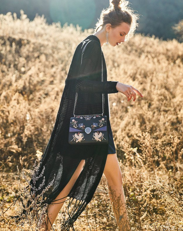 Black Women's Knitwear