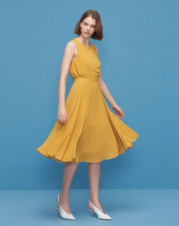 Yellow Round Neck Sleeveless 3/4 Length Pleated Women's Dress