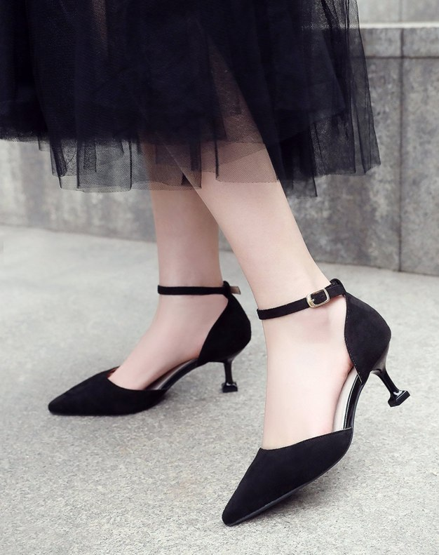 Black Pointed Middle Heel Anti Skidding Women's Sandals
