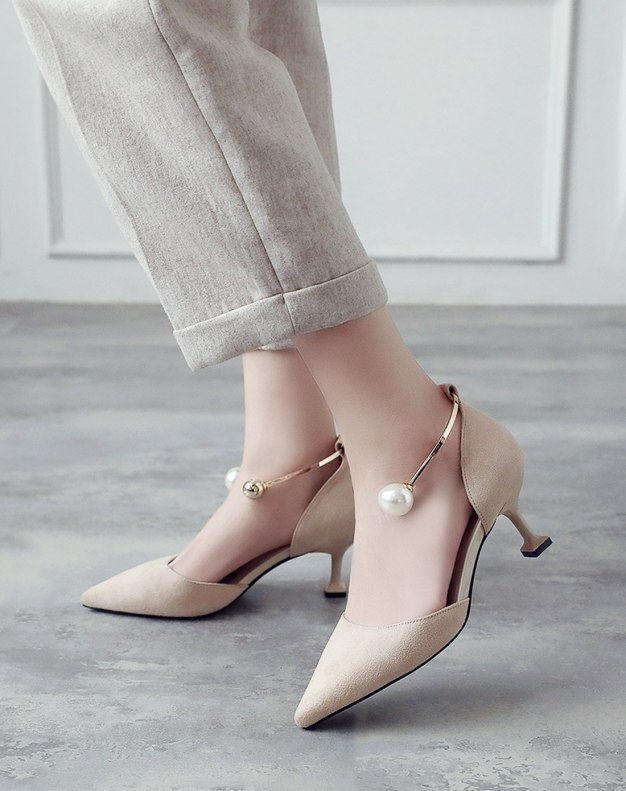 Apricot Pointed Middle Heel Anti Skidding Women's Sandals