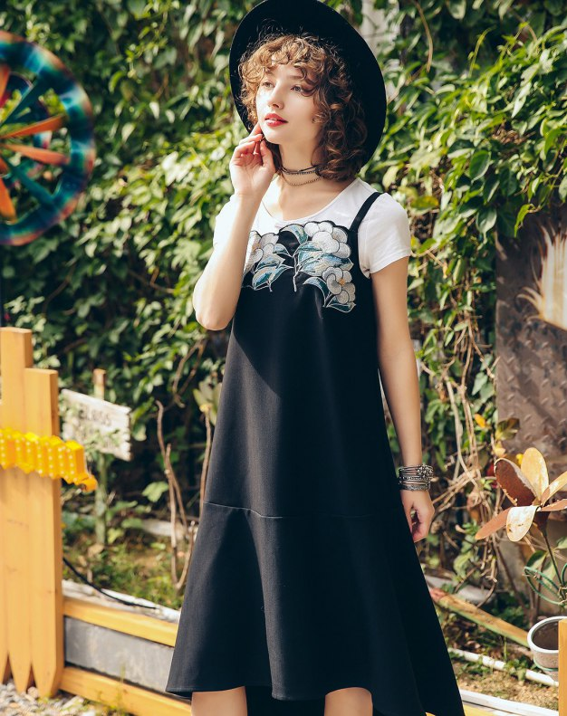 Black Round Neck Sleeveless 3/4 Length Standard Women's Dress