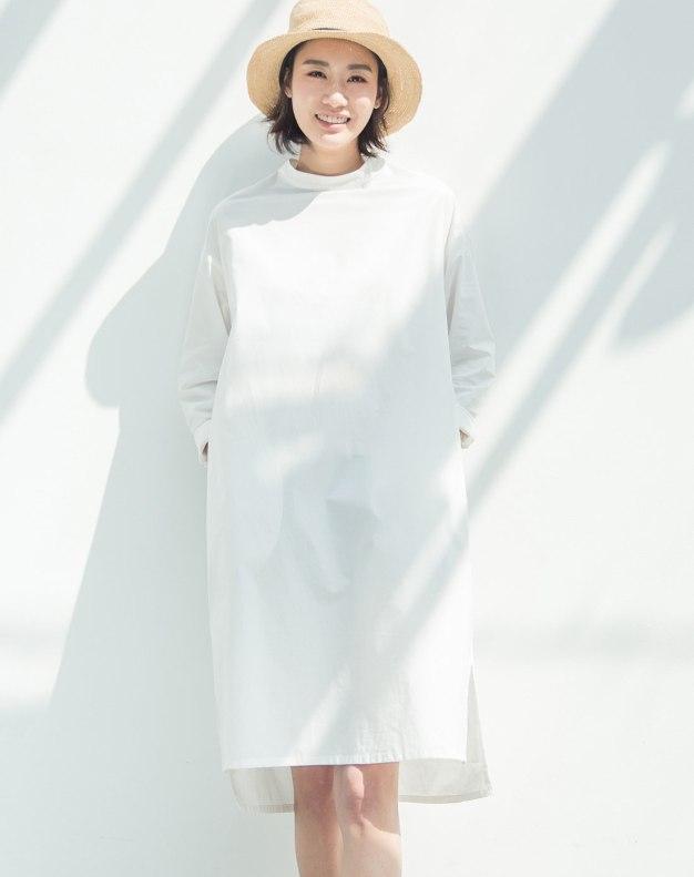 White Round Neck Long Sleeve 3/4 Length Standard Women's Dress