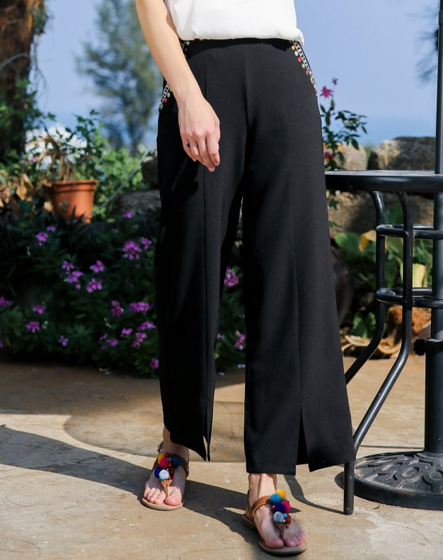 Black Embroidery Cropped Women's Pants