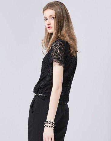 Black Plain Round Neck Short Sleeve Fitted Women's Shirt