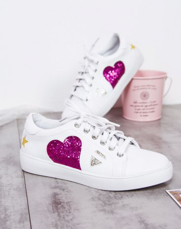 White Round Head Low Heel Absorbent Women's Shoes