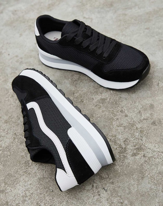 Black Round Head Flat Portable Women's Sport Shoes