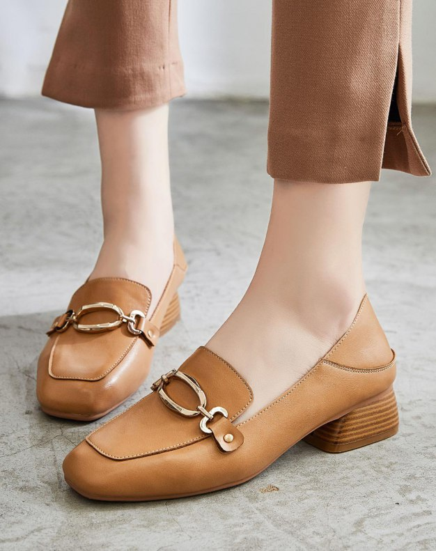 Brown Square Toe of Shoes Middle Heel Women's Pumps