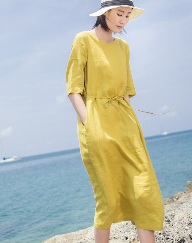 Yellow Round Neck Short Sleeve Long Fitted Women's Dress