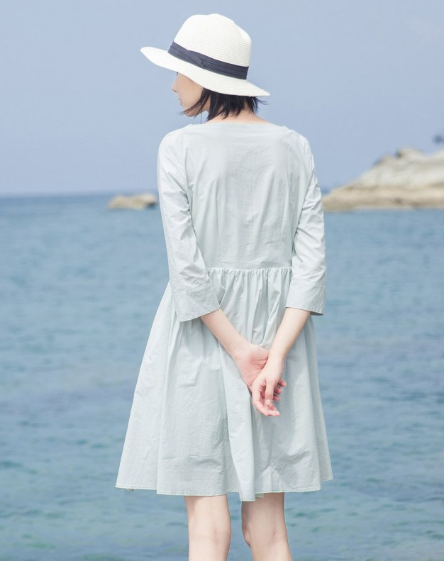 Green Round Neck Sleeve 3/4 Length Women's Dress