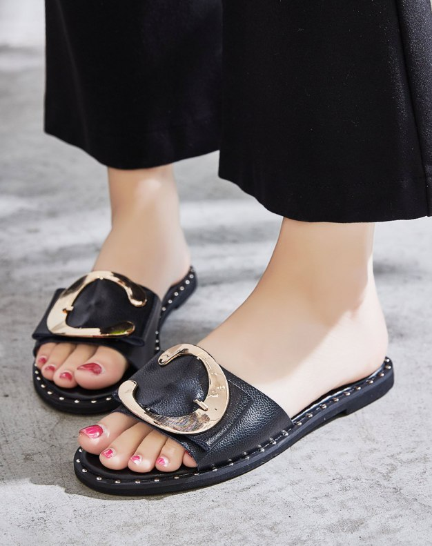 Black Flat Anti Skidding Women's Sandals