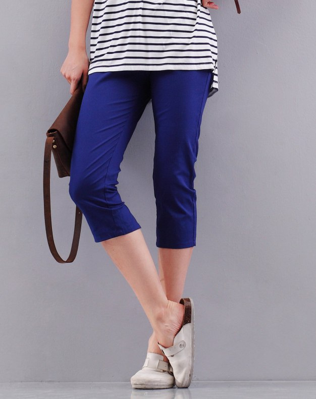 Blue 3/4 Length Women's Pants