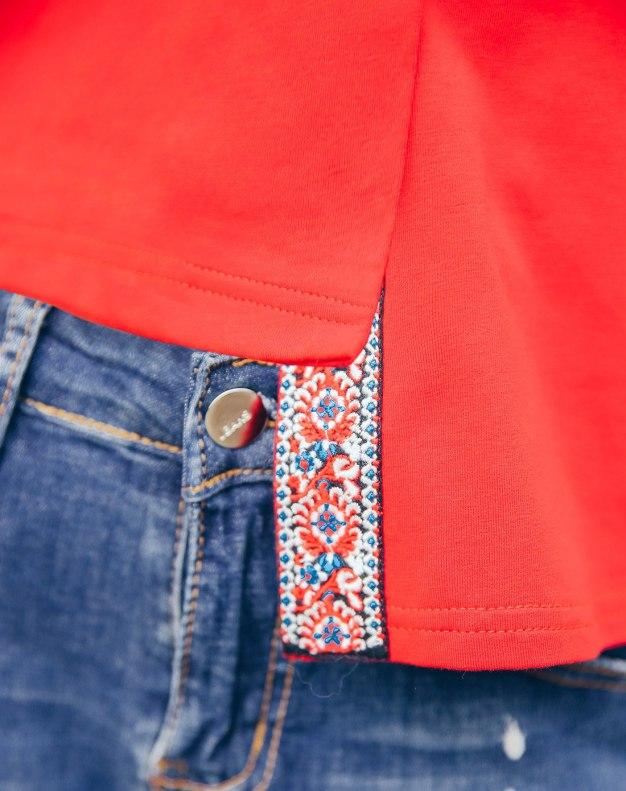 Red Heart Round Neck Short Sleeve Standard Women's T-Shirt