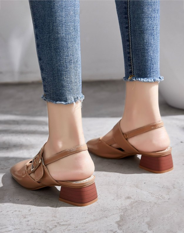 Brown Square Toe of Shoes Middle Heel Women's Sandals