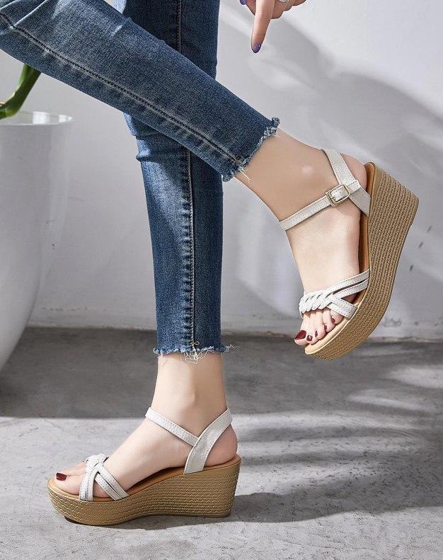 Beige Wedges Portable Women's Sandals