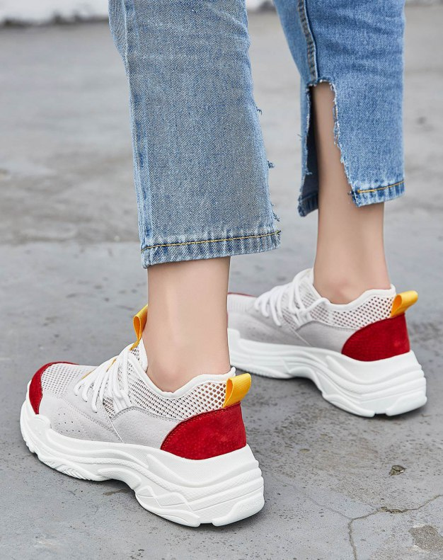 Red Round Head Flat Women's Outdoor Shoes