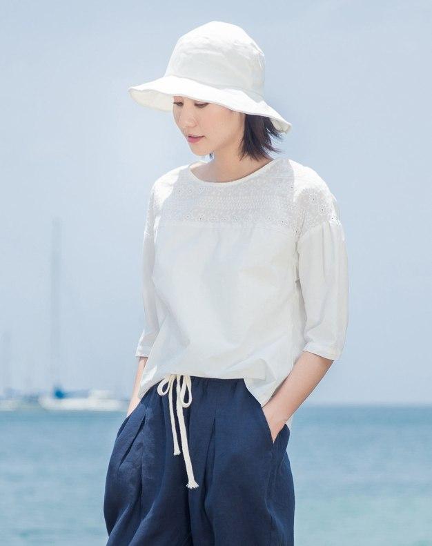 White Plain Round Neck 3/4 Sleeve Standard Women's T-Shirt