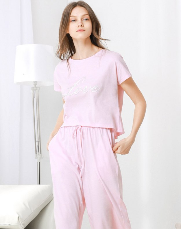 핑크 여성 실내복