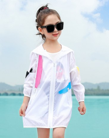 White Long Sleeve Loose Mid Length Girls' Rashguard