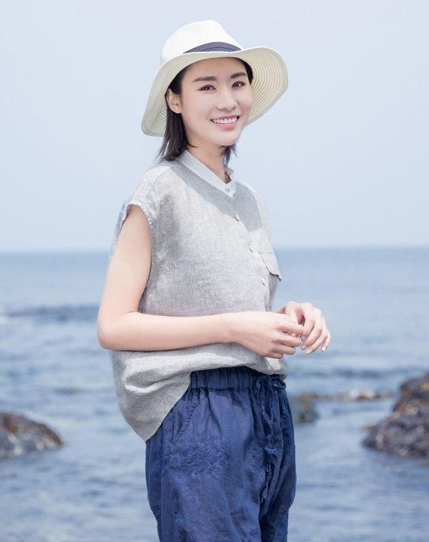 Color Block Stand Collar Short Sleeve Women's Shirt