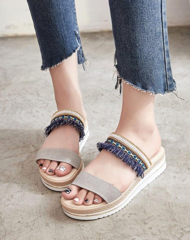 Gray Flat Portable Women's Sandals