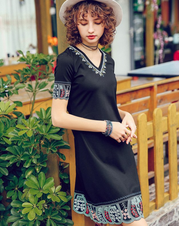Black V Neck High Waist 3/4 Length A Line Women's Dress