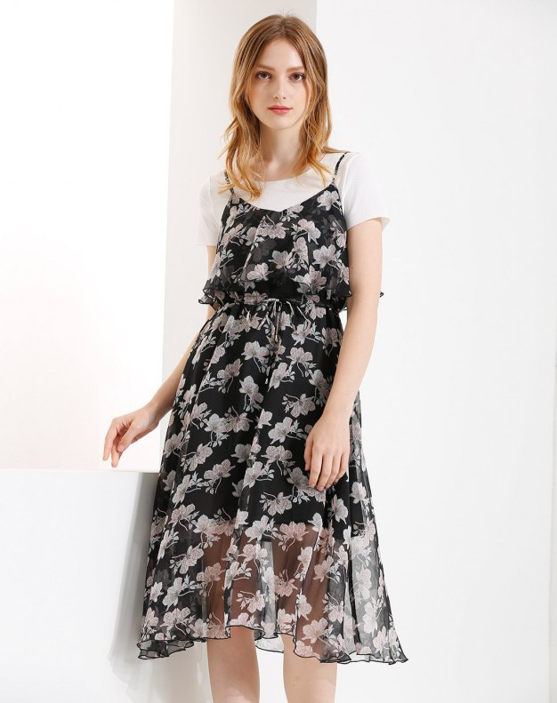 Black Round Neck High Waist 3/4 Length Shaped Women's Dress