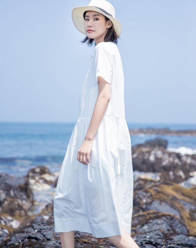 White Round Neck Short Sleeve Long Standard Women's Dress